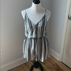 Black White Stripe Romper with Pockets NWOT